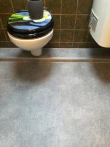 Plank Parket - Vinylboden WC Nahaufnahme